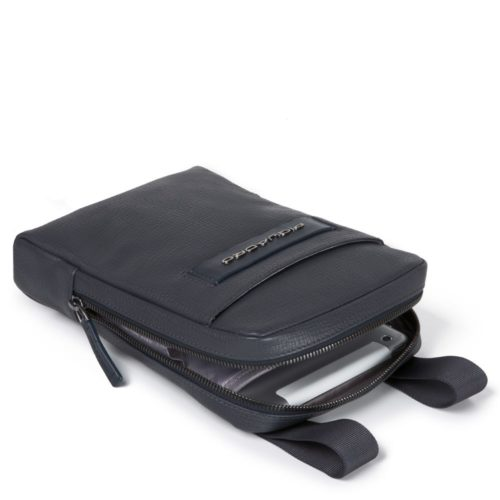 Borsello Piquadro organizzato con scomparto porta iPad mini Pegasus