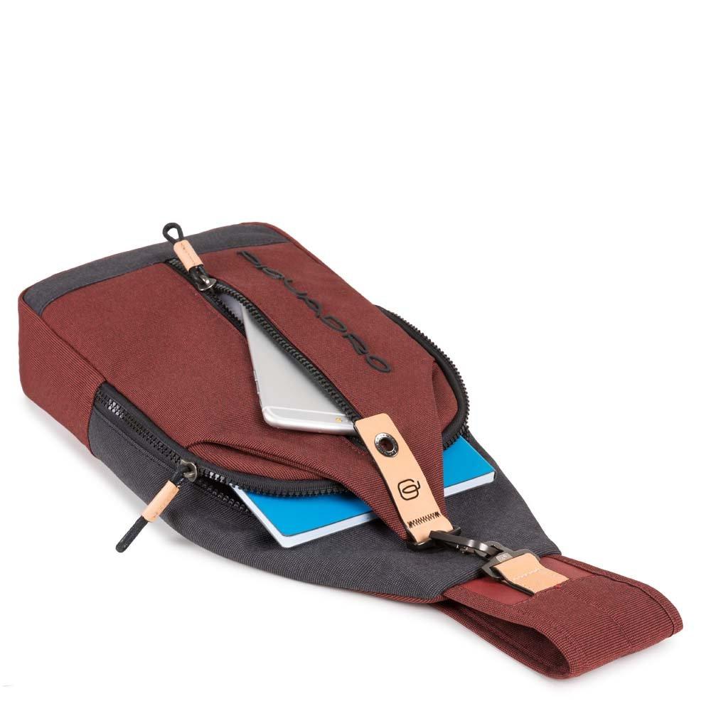 Monospalla Piquadro Blade - The Gem Flagship Store - PIQUADRO a25d3a5c36c