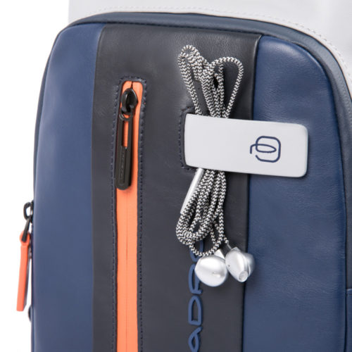 zaino-monospalla-piquadro-blu-grigio