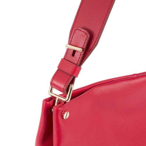 borsa-donna-con-porta-ipad-rossa-dettaglio